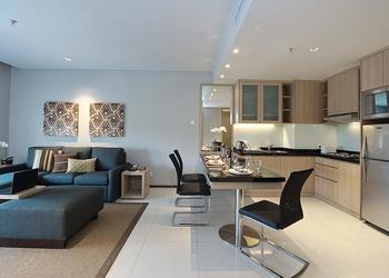 Studios, Suites and Convenience