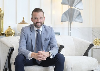 The Langham, Jakarta Appoints Veteran Hotelier as General Manager