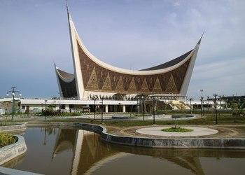 Brilliantly Designed Mosquesin Indonesia