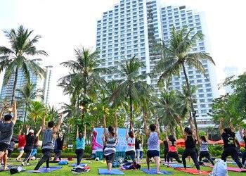 Jakarta's Yoga Community Celebrates Global Wellness Day