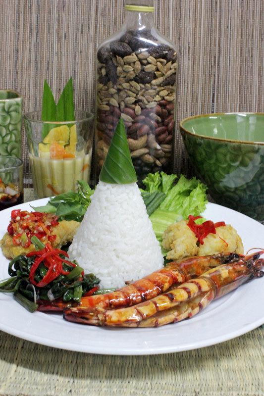 Best Cake Eid Al-Fitr Food - content_Memorable-Ramadhan-and-Eid-Al-Fitr-at-Alun-Alun-Indonesia-_4_  Trends_80165 .jpg