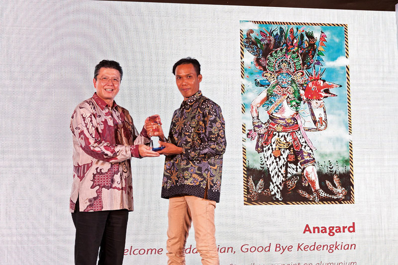 Anagard's Peace-themed Artwork Named Painting of the Year